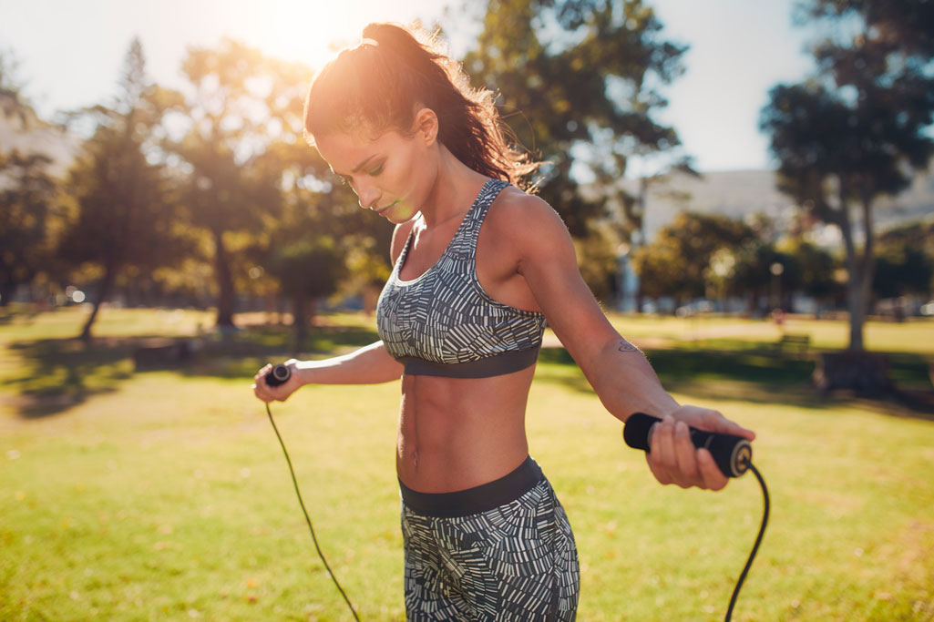 How to jump on a skipping rope for weight loss